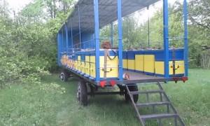Перевозка пчел используя прицеп