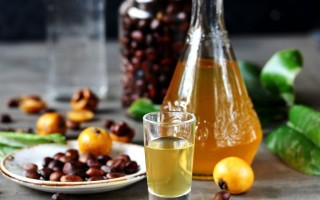 Медовая настойка на спирту, водке, самогоне