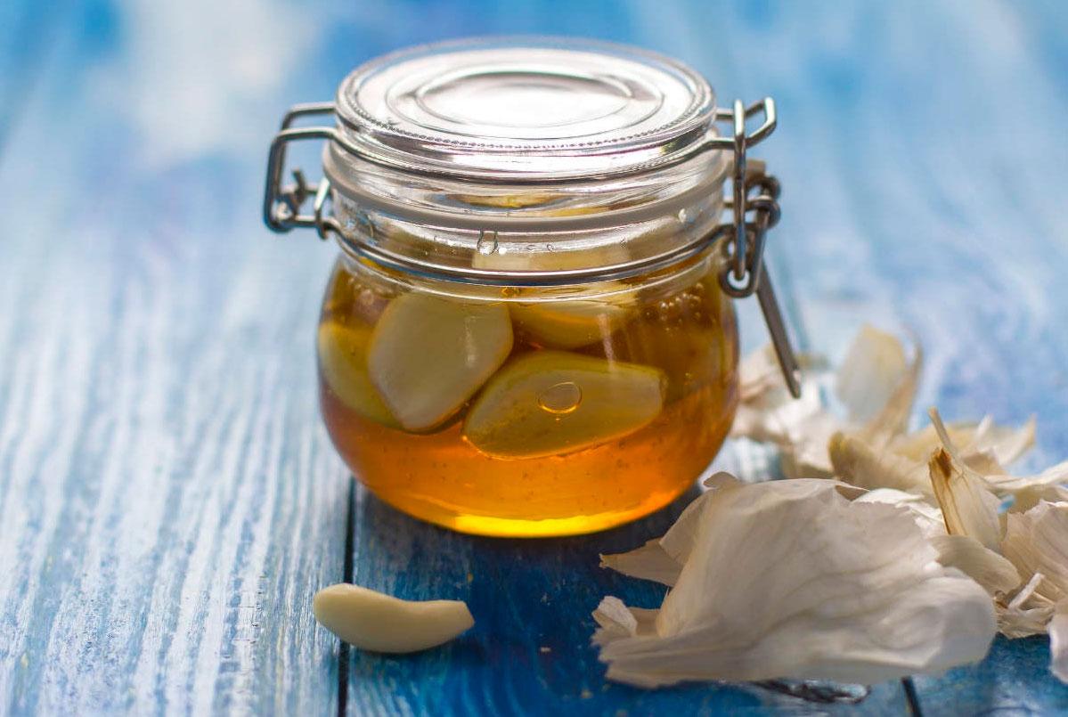 Чеснок с медом: рецепты, польза и вред, применение