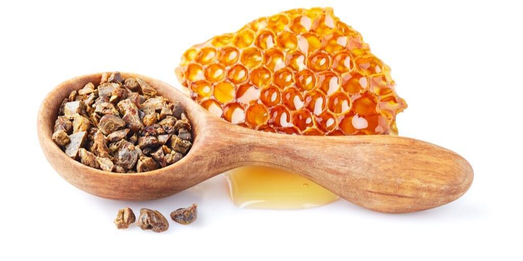 Можно ли мед при панкреатите? - польза, противопоказания, как принимать